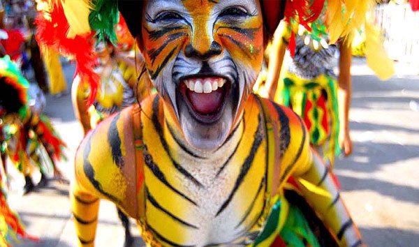Carnavaleando, imágenes de la fiesta del pueblo